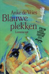 Anke de Vries, Blauwe plekken